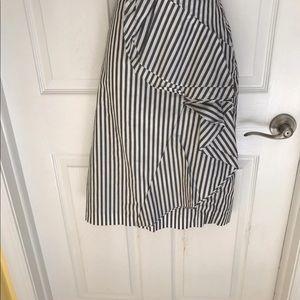 Banana Republic Cascade summer Skirt Size 2